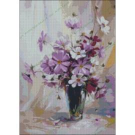 Jarrón con flores violetas